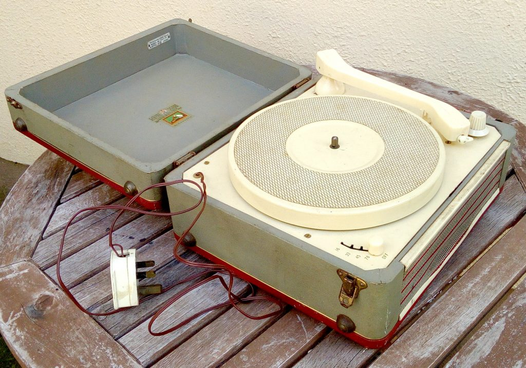 Open HMV 2007R transportable record player